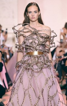 Elie Saab Fall-Winter 2018/2019 Collection
