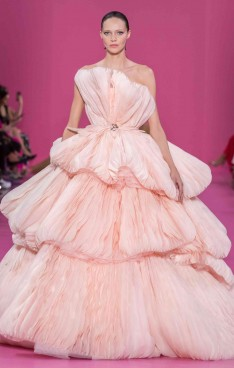 Georges Hobeika Fall/Winter 2019-2020 Couture collection