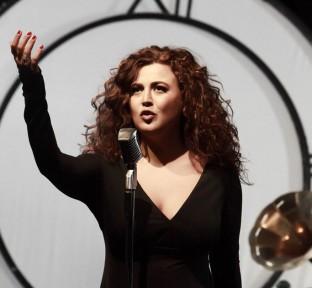 Yvonne El Hachem releases Debut Album