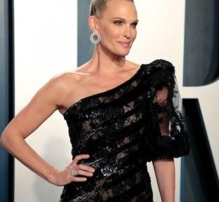 Best Looks From The Vanity Fair Oscar Party 2020