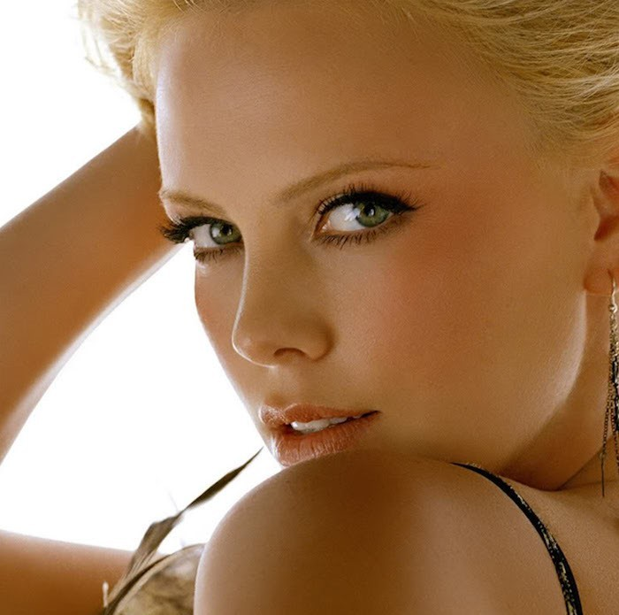 Charlize Theron: The Beautiful Face of Dior